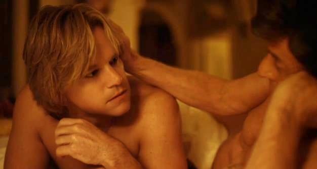 Фильмы онлайн смотреть бесплатно порно бисексуалов
