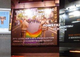 Dyskryminujące Plakaty Znikną Z Ulic Warszawy Edukacja