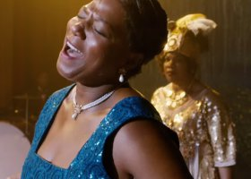 Queen Latifah jako Bessie Smith